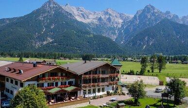 Hotel Strasserwirt